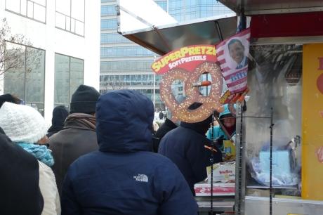 hot-dog-line
